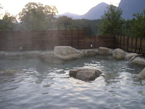 曽爾高原 近くの日帰り温泉施設 お亀の湯 写真