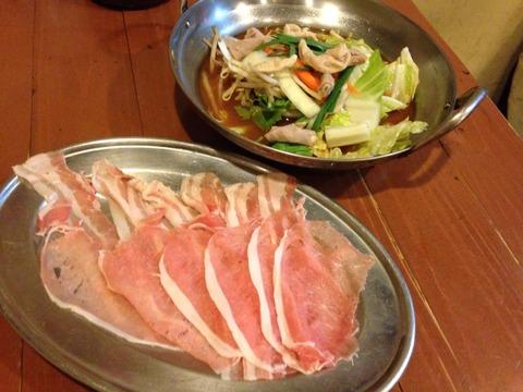 ロース肉鍋
