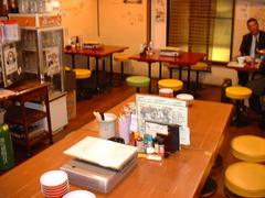 大阪福島(キタ圏内)にある豚の鍋とやきとん串がおすすめのグルメな居酒屋「とん彩や」ブログ用画像。宴会するならとん彩や。とん彩やとは、カレー鍋、トマト鍋を始め、豚のしゃぶしゃぶ、すき焼き、もつ鍋等、鍋料理全般が得意。他にも焼きとん串、串カツ、トンカツ、豚飯、餃子、ナポリタン、焼きそば、お好み焼き、カレー等、豚肉を使用した料理が得意。面白い飲食店。nikai2