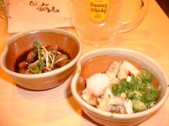 大阪福島にある豚の鍋とやきとん串がおすすめのグルメな居酒屋ブログ用画像。宴会。カレー鍋、トマト鍋、豚のしゃぶしゃぶ、すき焼き、もつ鍋等、鍋料理。焼きとん串、串カツ、トンカツ、豚飯、餃子、ナポリタン、焼きそば、お好み焼き、カレー等。面白い飲食店。DSCF0029