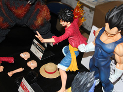 Gigantic-Series_ONE-PIECE_Monkey-D-Luffy_New-World-Ver-08