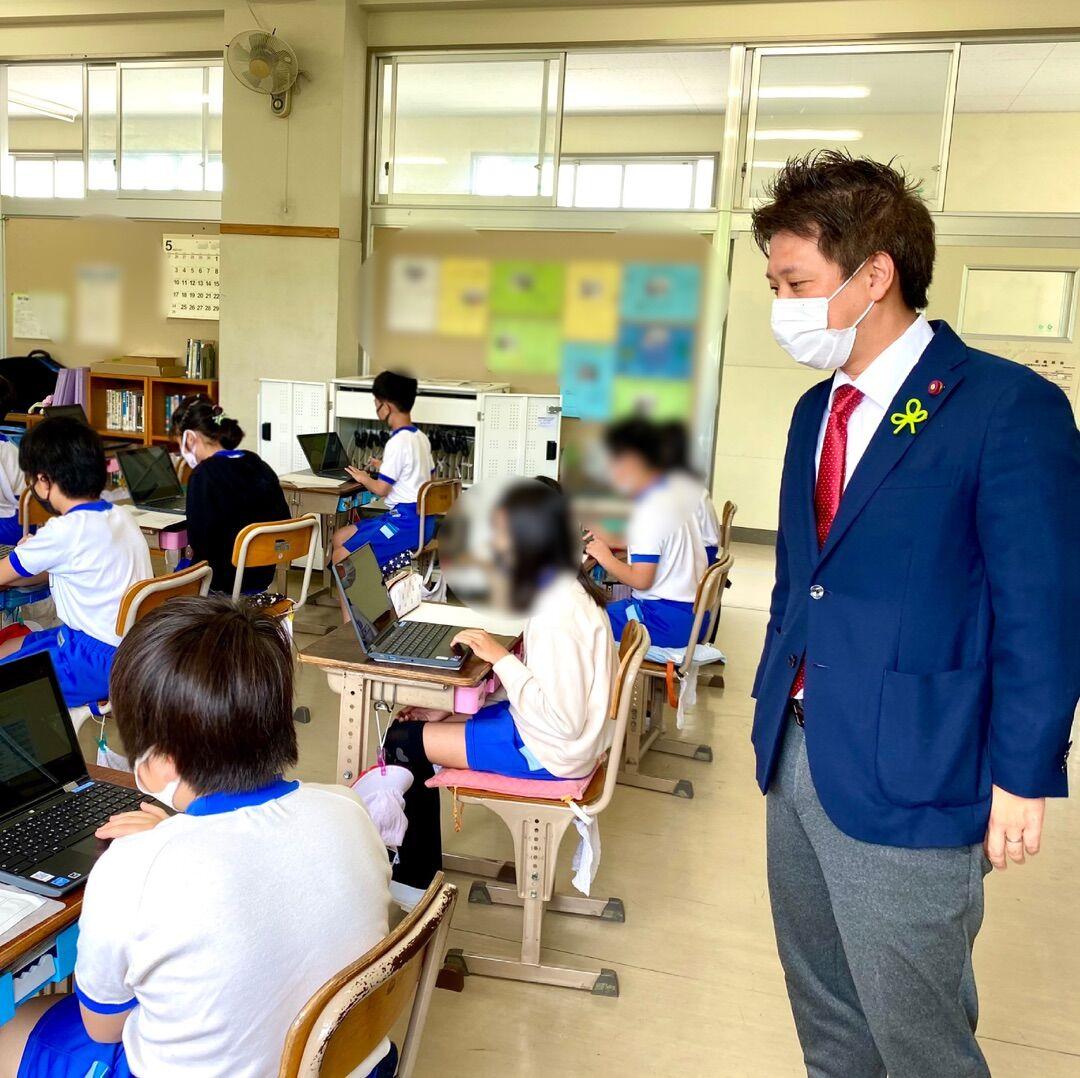 椎名小学校でのタブレット端末を活用したICT教育を視察しました!