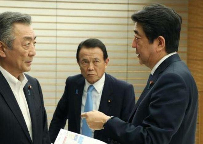 安倍晋三首相、内閣支持率低下にコメント!「国民が求めることを一生懸命やるのみだ」