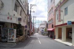 沖縄の風俗街は「沖縄の恥部」なのか?