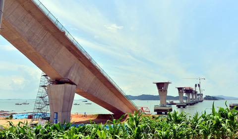 チョン国の世界一のシーソー橋4