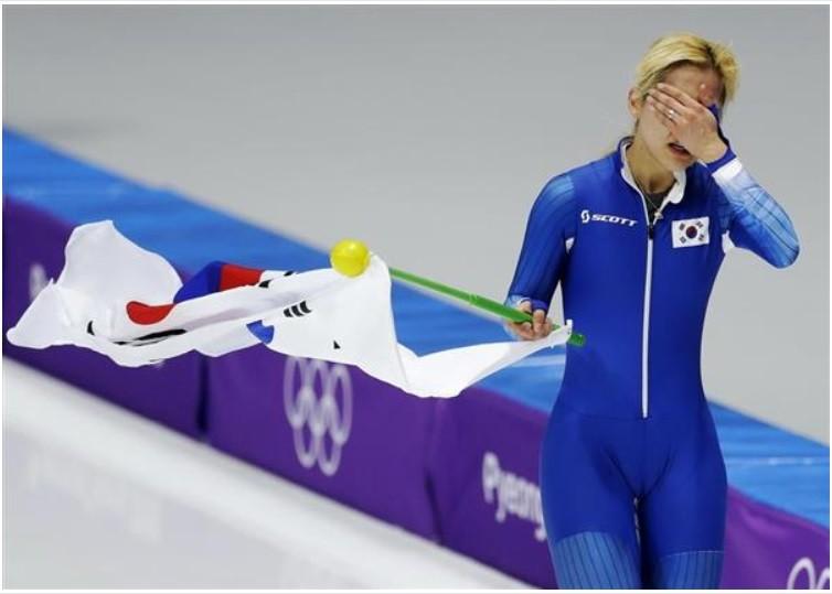 朝鮮選手の土下座2