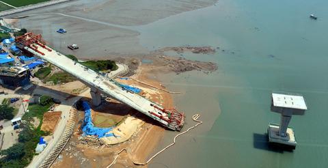 チョン国の世界一のシーソー橋2