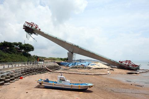 チョン国の世界一のシーソー橋3