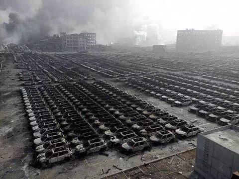 天津爆発28