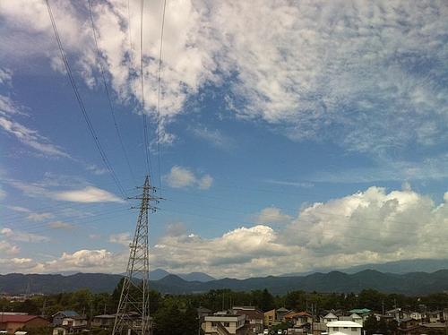 盛岡を通過。結構いい天気になってきた。八戸に向かう。