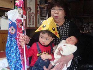 祝!!麗夢誕生★2011 4-ko.jpg