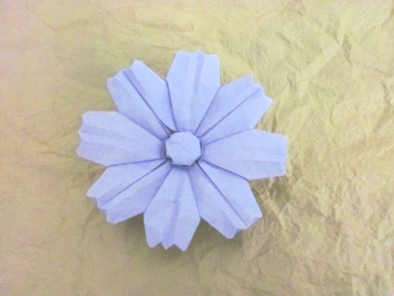 すべての折り紙 折り紙 コスモス 立体 : 作品:えとのへび *同時進行 ...