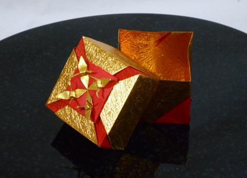 花菱飾り箱