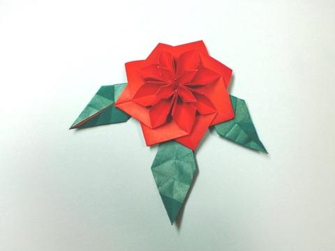 花のブローチ(葉3枚付き)