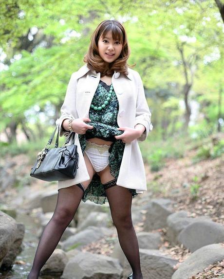 http://erogazosokuho.blog.fc2.com/