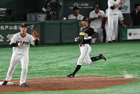 鳥谷「どれだけ減俸されても阪神に残るつもりだった。ただ引退は自分で決めたい。本当それだけ」
