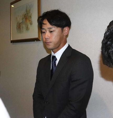 ロッテ平沢大河内野手(21)320万円減の2300万円でサイン