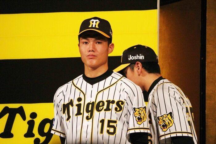 阪神ドラフト1位・西純矢は背番号「15」で西勇輝と連番 背ネームは「J・NISHI」