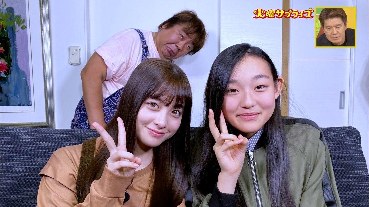 【朗報】橋本環奈ちゃん、一般人と並ぶとやっぱりめちゃくちゃ可愛い