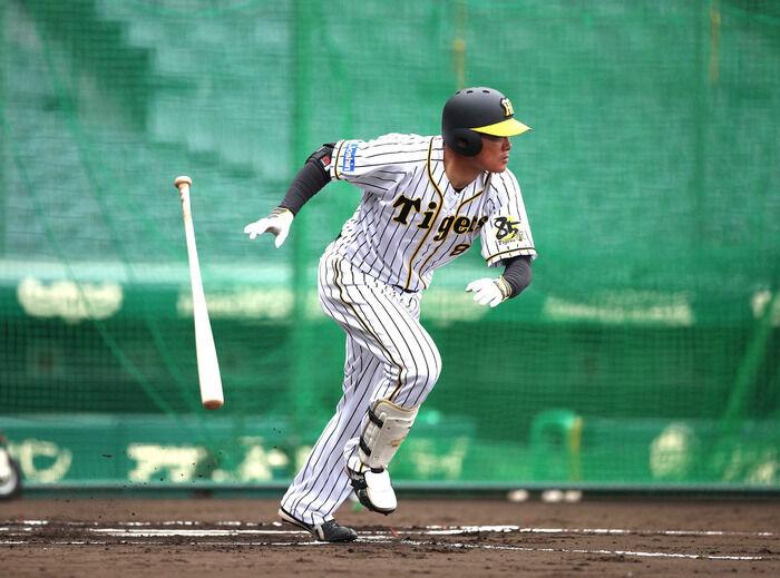 阪神 開幕待ちきれない 球界最年長の福留孝介がシート打撃で二盗試みる「しっかりとした覚悟を持ってやっていかなければ」