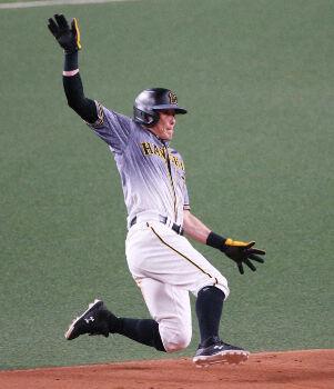 阪神 糸井が大台に王手かける通算299盗塁