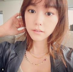 桐谷美玲、前髪どこ行った…少女みたいなざっくりオン眉に大変身!