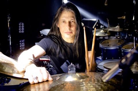 mike-mangini_dt_drummer_slr_med_hr