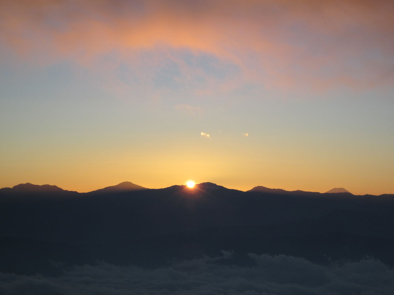 121106 駒ヶ岳・千畳敷H朝日と雲15