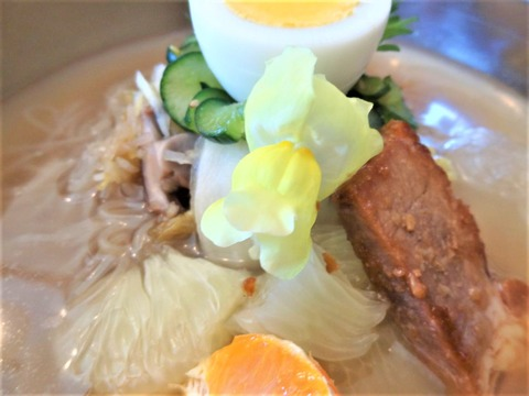 韓国風冷麺トッピング