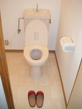 2Fトイレの内装も仕上げました。