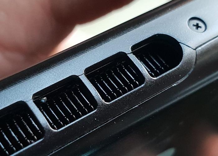 switch_cracks-1152x826