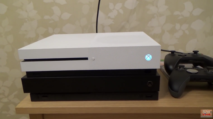 (16) New Xbox One X BROKEN in less than 2 days - YouTube