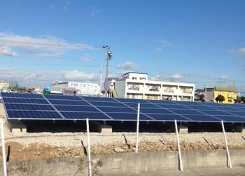 太陽光発電所 工事途中