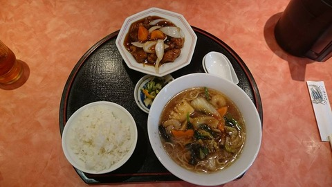 佳仙湯麺セット