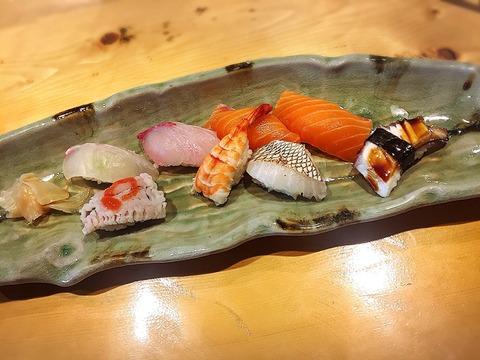 お寿司特別