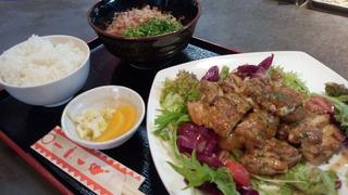 0628チキンソテー定食(Redカレーソース)