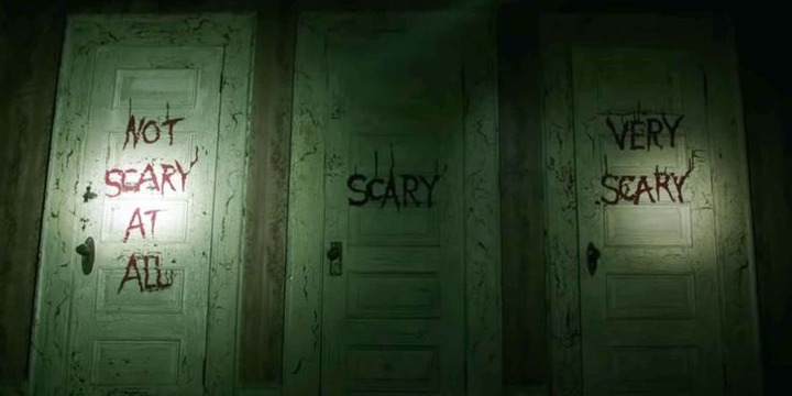 IT_Chapter2_scarydoors
