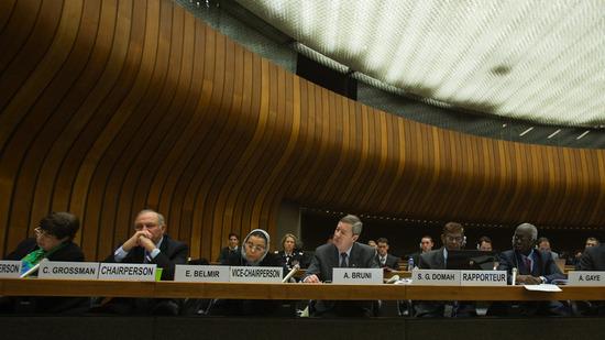 国連が韓国に嘘を吐くなと警告キタ━━━━(゚∀゚)━━━━!! 国連「日韓合意を見直せなんて言ってない。韓国の勘違い。その組織と国連は無関係だから」⇒ 韓国「」