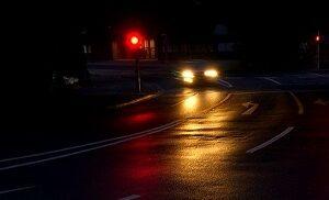 road-1589126_640