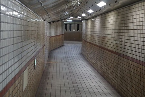 安治川トンネル3