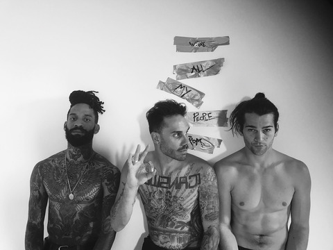 THE FEVER 333 中面アー写