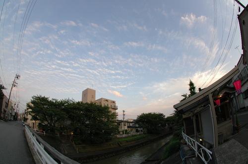 うろこ雲 鱗雲 富山市 天気