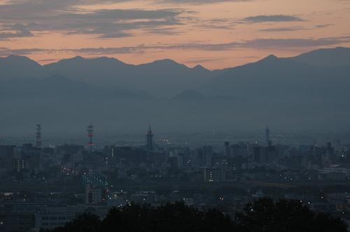 富山市 早朝 立山連峰