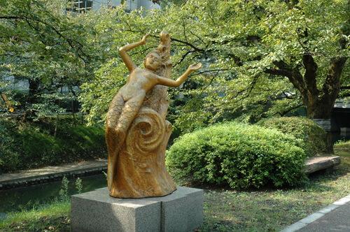 横山豊介 富山市 彫刻