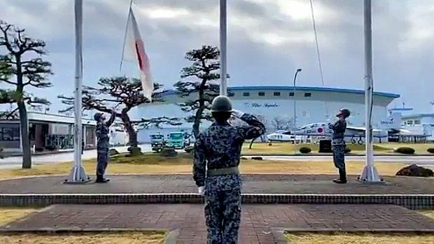 航空自衛隊「自衛隊の国旗掲揚を見たことがありますか?ぜひご覧ください」