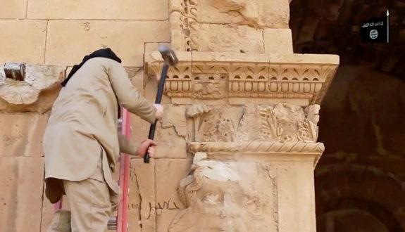 「IS」が世界遺産「ハトラ遺跡」を破壊2