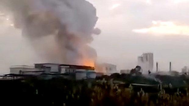 中国、また化学工場が爆発、火災!ネットで爆発のニセ映像が拡散し混乱