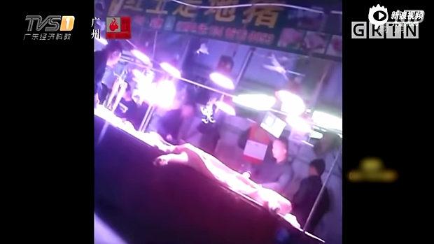 中国、アフリカ豚コレラで病死した豚の肉が検疫合格!市場に大量流入