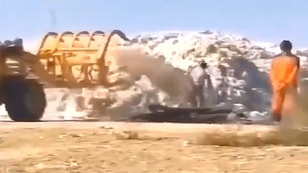 中国、集めた綿花に砂をぶっ掛ける!理由は重量水増しして高く売るため…