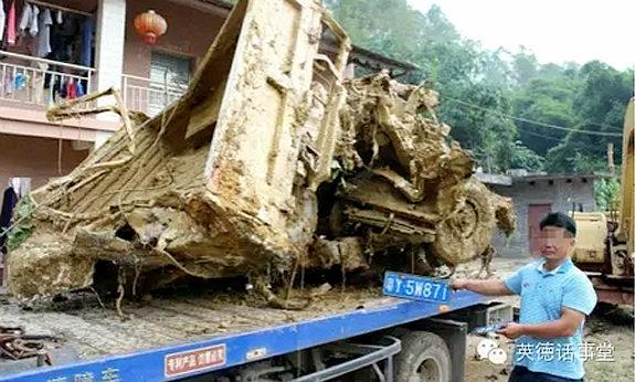 【中国】広東省でひき逃げ起こしたトラック運転手、証拠隠滅のためにトラック埋める
